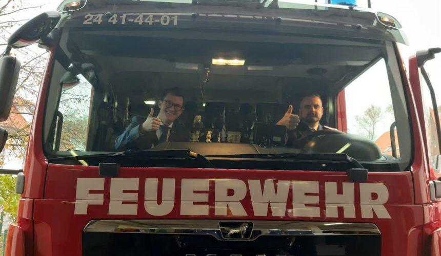 Feuerwehr Boltenhagen-offizielle Fahrzeugübergabe