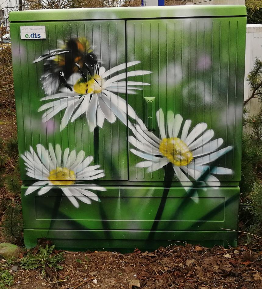 Boltenhagen möchte an der Ostseeallee auf Bienen und Insekten aufmerksam machen.